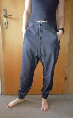 Leichte Hose