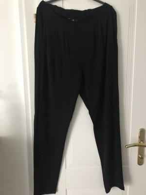 Leichte Hose mit elastischem Bund von B.yu