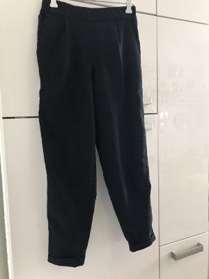 Leichte Hose von Pull&Bear Gr. S
