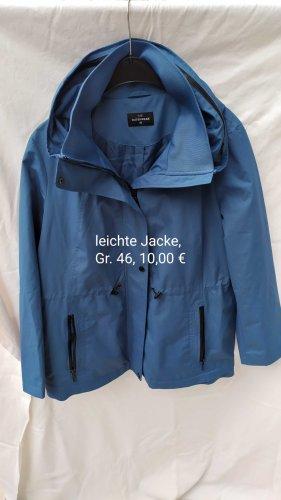 leichte Jacke Gr. 46 von C&A