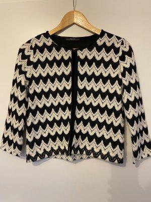 Leichte Jacke mit Muster Schwarzweiß