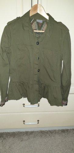 """leichte Jacke von """"b•young"""" in khaki mit Stickerei auf Rücken und an den Ärmeln"""