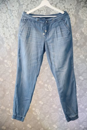 leichte Jeans, hellblau mit Bündchen
