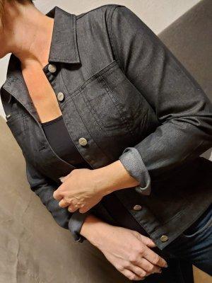 leichte Jeansjacke