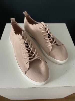 Leichte Schnürschuhe in rosé nagelneu Geöße 38