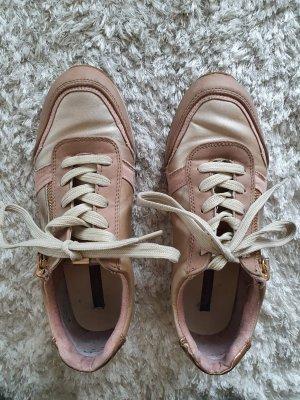 Leichte Sneaker Gr.36