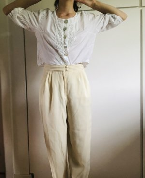 Leichte Sommerhose in creme