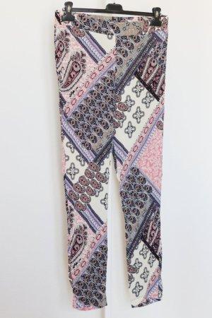 Leichte Stoffhose gemustert weiß/schwarz/rosa