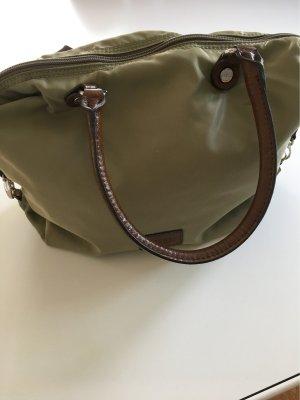 Leichte Tasche