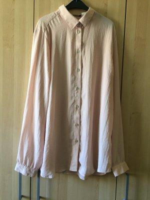 Leichte, zartrosa Bluse mit langen Ärmeln!