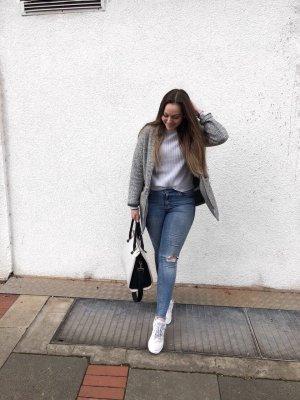 Bershka Abrigo de lana gris-gris claro