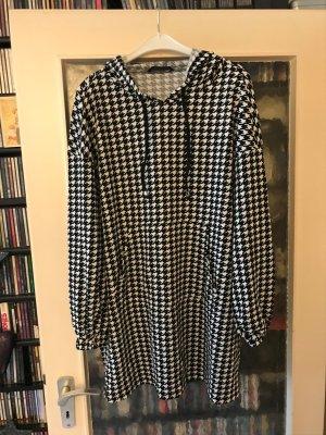 SheIn Hooded Shirt black-white