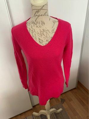 Leichter Pullover für den Frühling