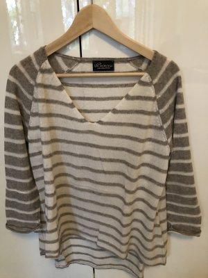 Leichter Pullover mit 3/4 Ärmeln