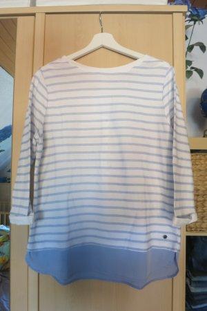 leichter Pullover mit Bluseneinsatz