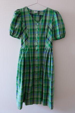 leichtes Baummwollkleid im Trachtenstil mit Karomuster