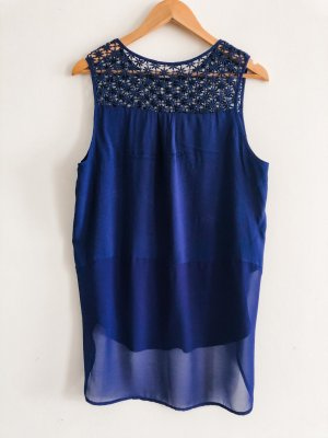 A Sleeveless Blouse blue-neon blue
