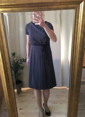 Leichtes elegantes Kleid von Tatuum, mit Futter, NEU