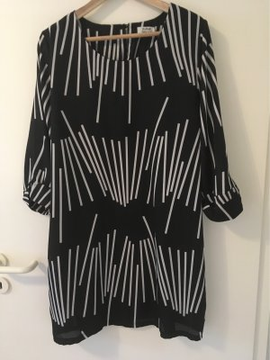 Leichtes fliessendes Kleid, Herstellergrösse L