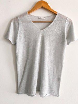 leichtes grau- silbernes besonderes T-Shirt