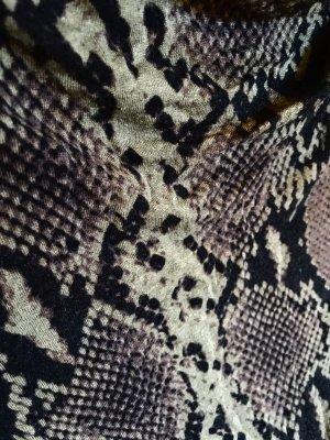 Leichtes Kleid aus dünnem Wolljersey