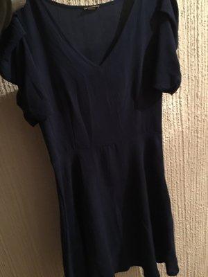 Leichtes Kleid mit Ärmeln