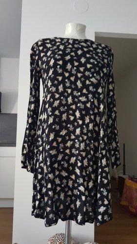 leichtes kurzes Kleidchen