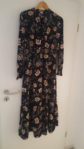 Leichtes Maxi-Kleid in 36/38
