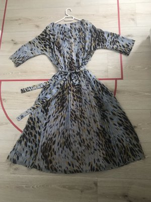 Leichtes Plissee Kleid