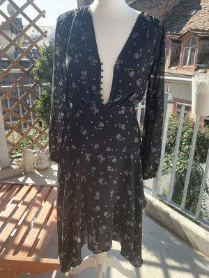 Leichtes schönes Kleid Gr.34
