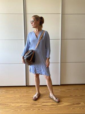 Bloom Sukienka midi błękitny