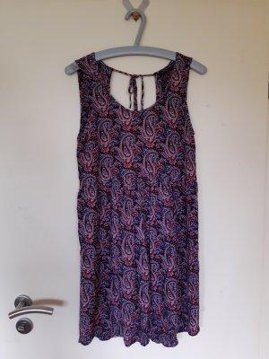 Leichtes Sommerkleid von Zara Woman