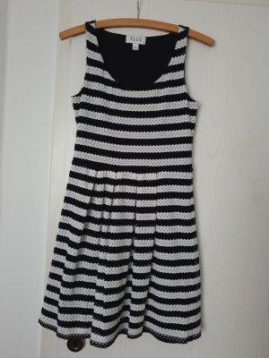Elle Empire Dress black cotton