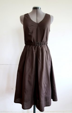 leichtes taupefarbenes Kleid von Turnover mit Gürtel, Gr. 36