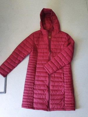 Primark Pikowany płaszcz ciemnoczerwony Poliester