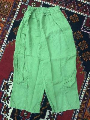 Pantalón estilo Harem verde