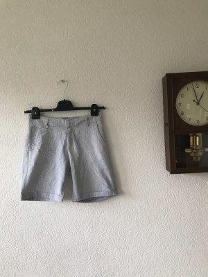 H&M L.O.G.G. Sport Shorts white-dark blue linen