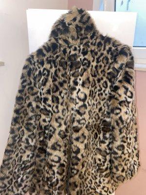Leoparden Mantel aus