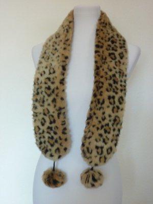Leoparden Muster Schal flauschig mit Bommeln NEU Herbst Winter Trends