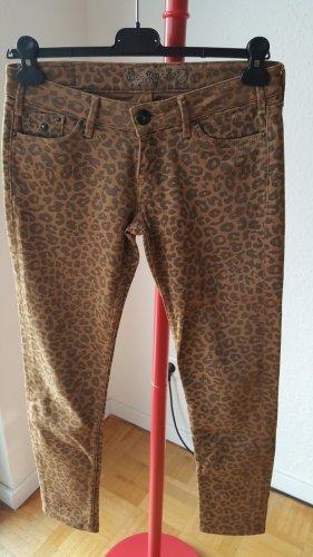 Leopardenjeans