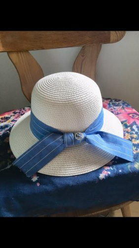 Chapeau de soleil blanc-bleuet