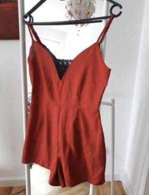 Letzte Preisreduzierung :) Rotes Playsuit Jumpsuit mit Spitze