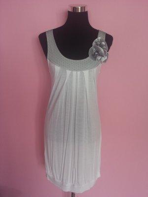 *Letzter Preis* Leichtes Sommerkleid in weiß, grau, Blumen (Box 2)