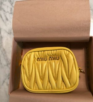 Miu Miu Sleutelhanger goud-geel