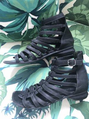 LETZTER PREIS!!! * Schöne schwarze Römersandalen * aus veganem Leder