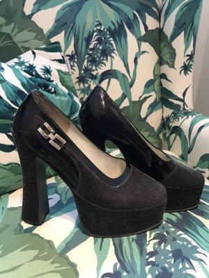 LETZTER PREIS!!! * Schwarze Plateau-High Heels * textiles Material mit Lack