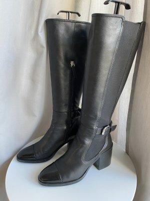 Uterqüe Wysokie buty na obcasie czarny