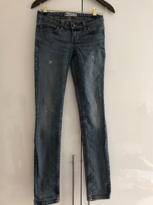 Levi's Demi Curve Low rise skinny Jeans 25/32