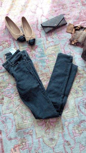 Levi's Pantalón de tubo color plata-gris claro