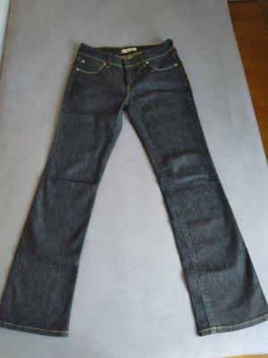 Levi's Jean 570 straight fit 31/32 NEU